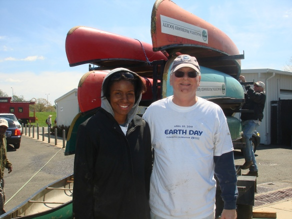 DHS Employees Volunteer for Earth Day