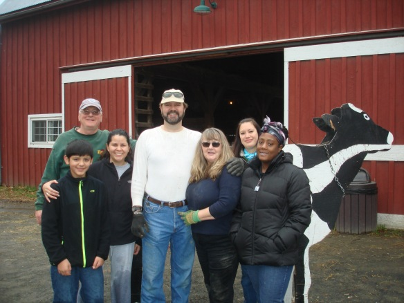 DHS Employees Volunteer at Frying Pan Farm Park